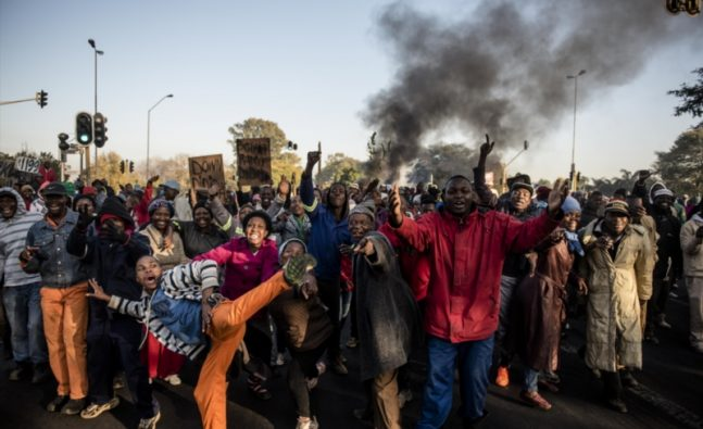 Unrest in South Africa | DW Documentary (Video)